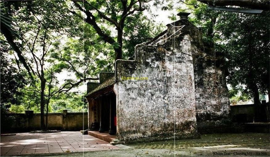Ngôi miếu thờ cụ tổ nghề Khảm trai Chuôn Ngọ
