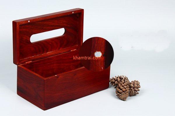 hop-khan-giay-an-bang-go-huong-19cm-x-12-5cm-x-10cm-002.jpg