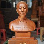 tuong-go-chan-dung-chu-tich-ho-chi-minh-002-MNHN