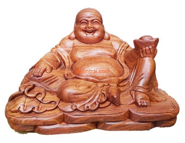 tuong-phat-di-lac-ngoi-cam-vang-cam-nhu-y-go-huong-001.jpg